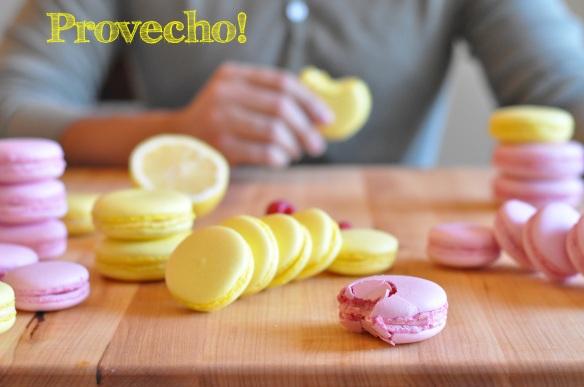 Raspberry and Lemon Macarons... Provecho!